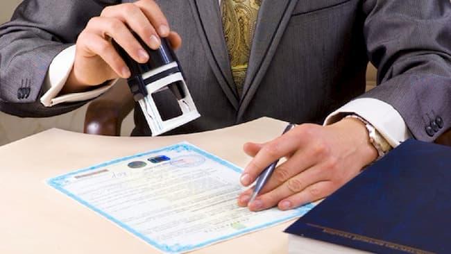 ¿Cuánto cuesta la factura notariada de un auto?